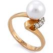 Кольцо из классического золота с белым жемчугом и 3 бриллиантами SLV-K304A весом 3.48 г  стоимостью 20700 р.