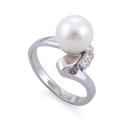 Кольцо из белого золота с жемчугом и 3 бриллиантами 3.57 г SLV-K304C