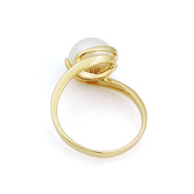 золотое кольцо с бриллиантом в москве